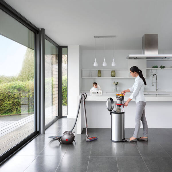 Dyson Big Ball Multi Floor 2 / Bodenstaubsauger, beutellos